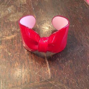 Red shiny bow bracelet